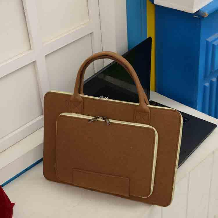 felt laptop bag 1