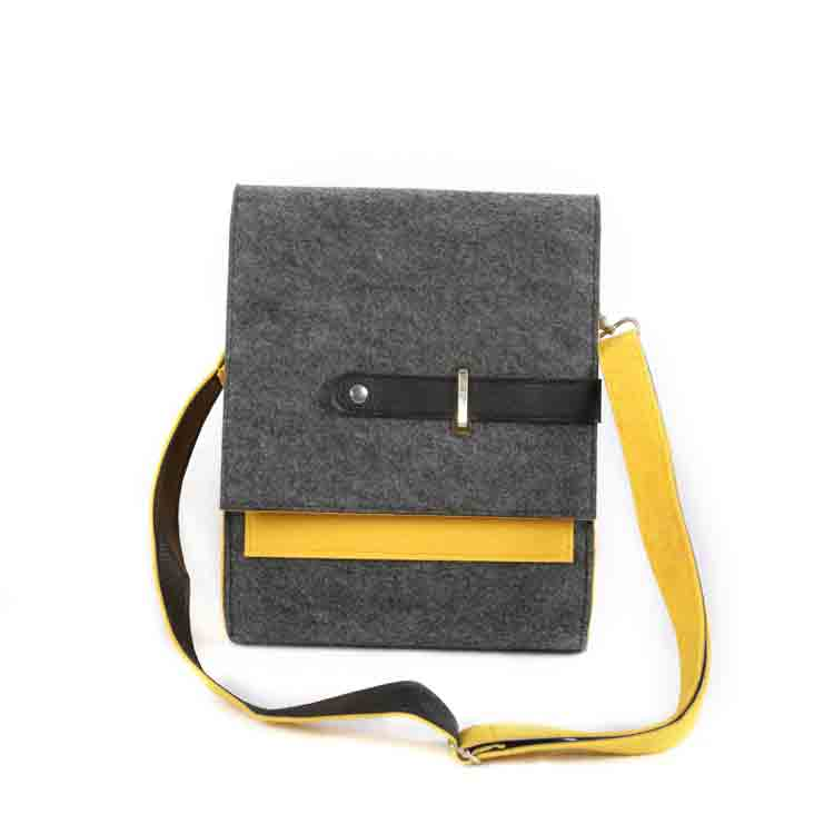 felt messenger bag 3