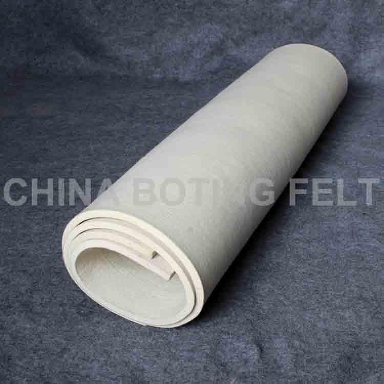 white felt roll 2
