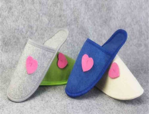womens felt slippers