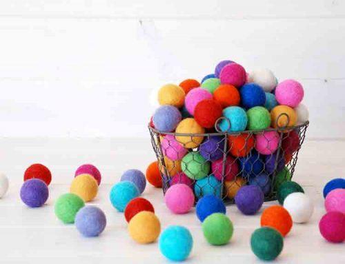 2cm felt balls