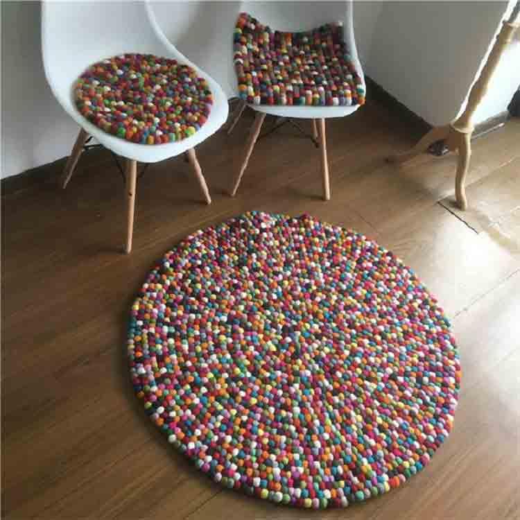 felt ball rug diy 3