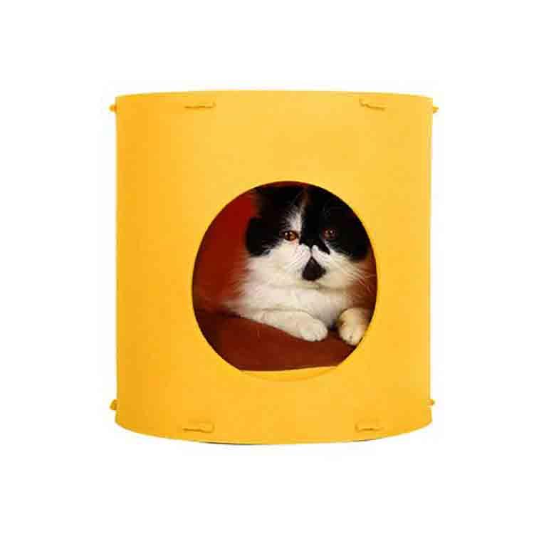 felt cat house 1
