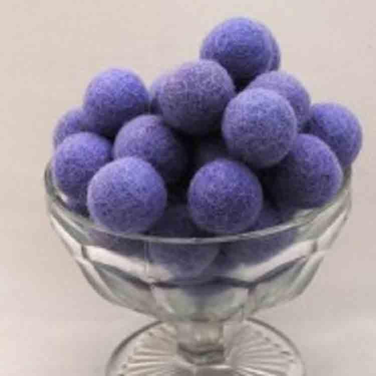 felt pom pom balls 2