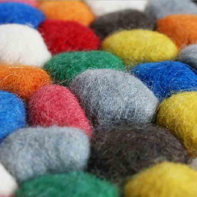 felt rock rug