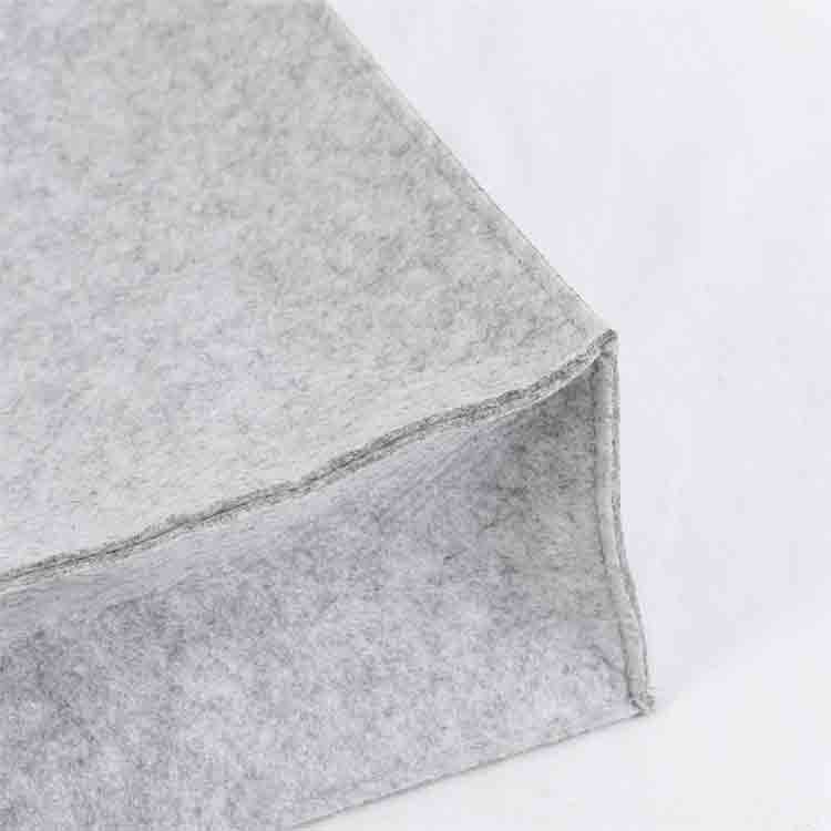 grey felt tote bag 2
