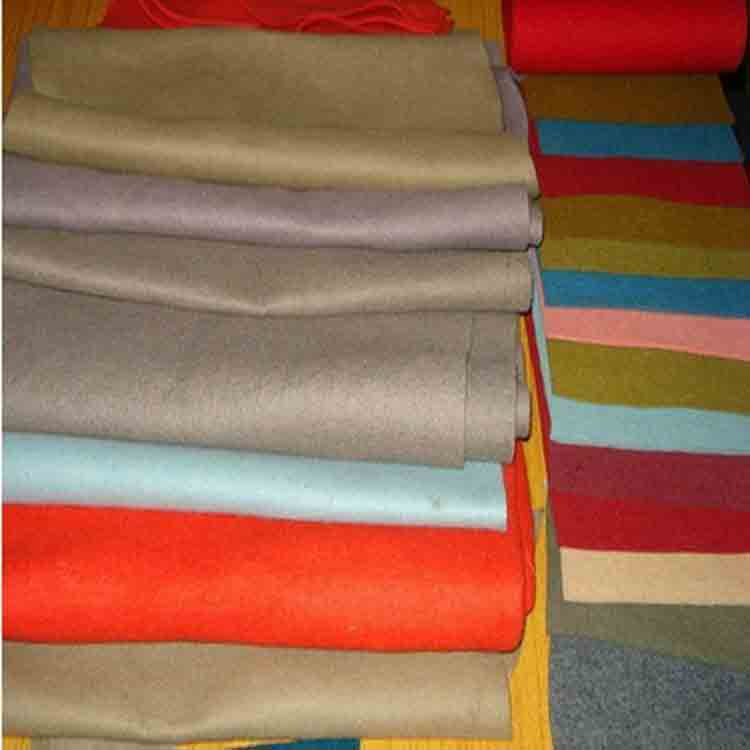 needle felting wool 1