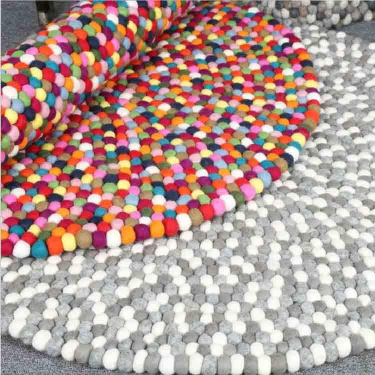 round felt rug 2
