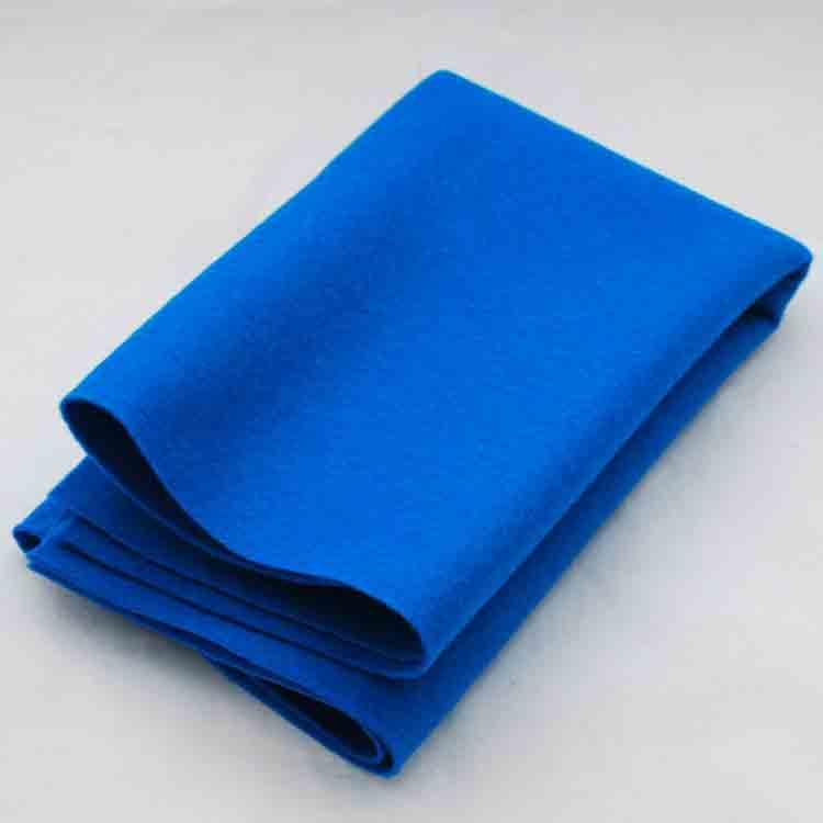modrá plsť