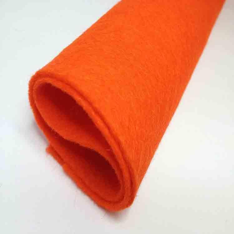 oranžová plsť 1