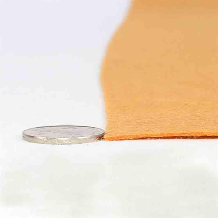 oranžová plsť látka 2
