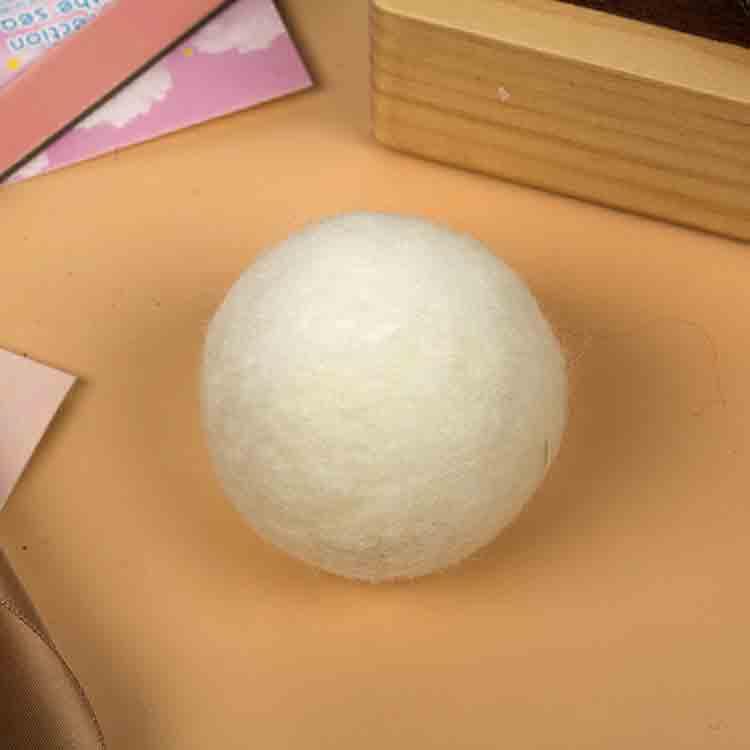 wool felt balls 1