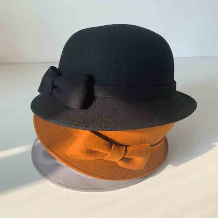 baby felt hat 1