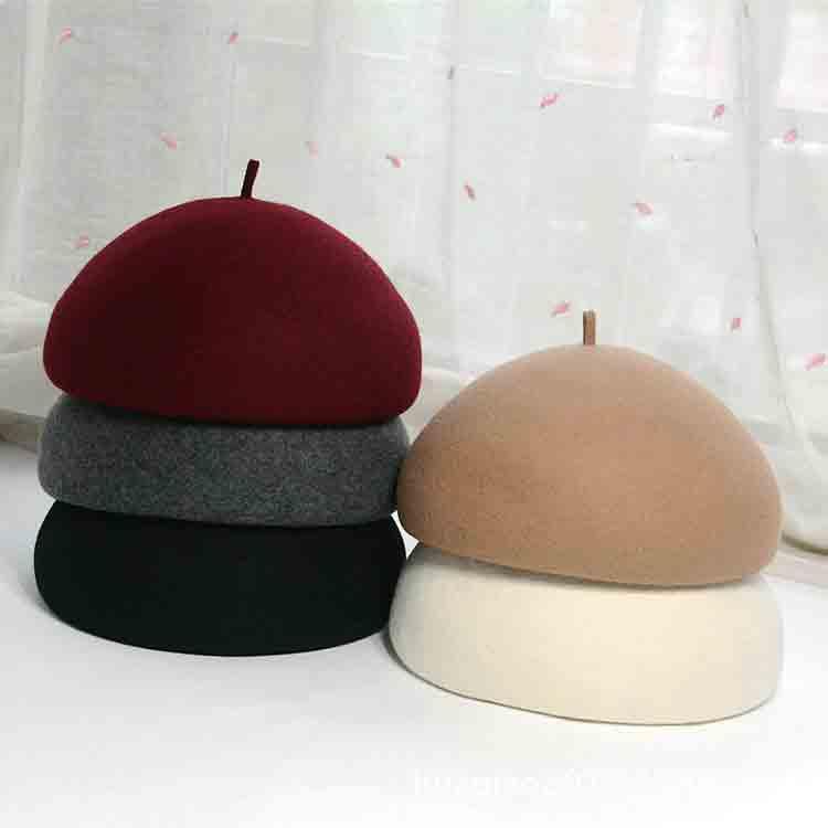 black felt beret 1