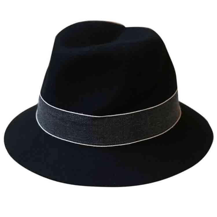 felt cavalier hat