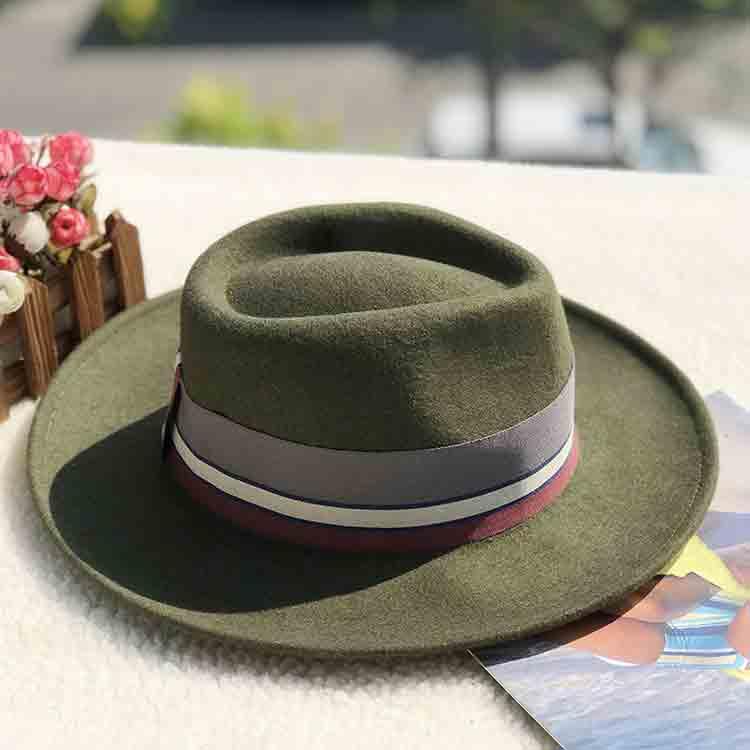 green felt hat 2