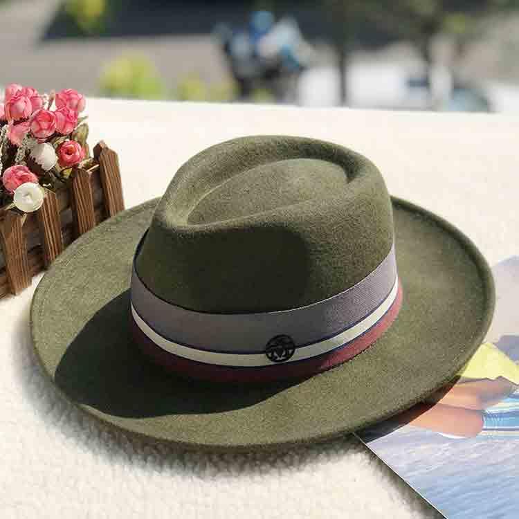 green felt hat 3