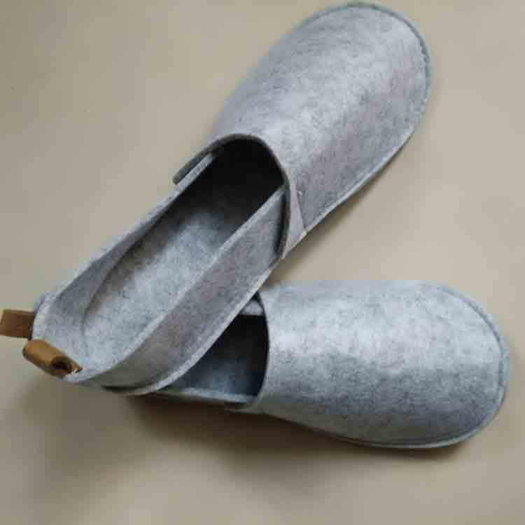 mens felt shoes 1
