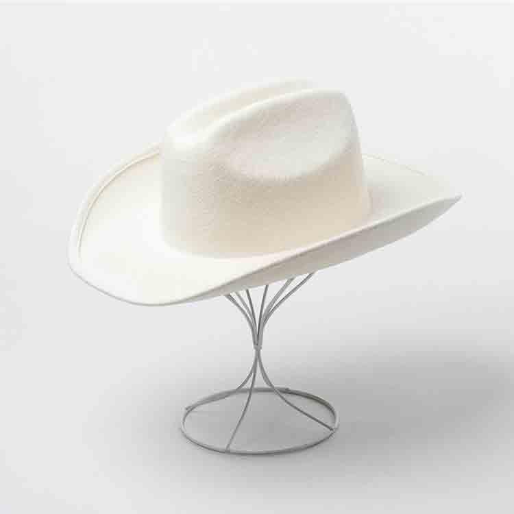 white felt cowboy hat 3